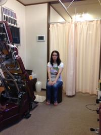 大阪市福島区 女性 カイロプラクティック整体でストレートネックの治療をし、腰の痛みが改善されました。
